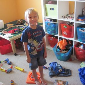 Organizing the Kid's Room